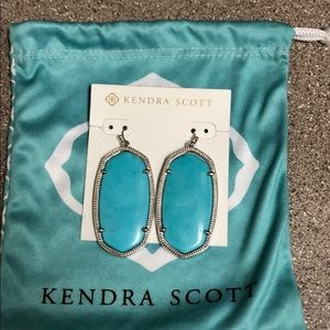 Kendra Scott earrings and bags gift